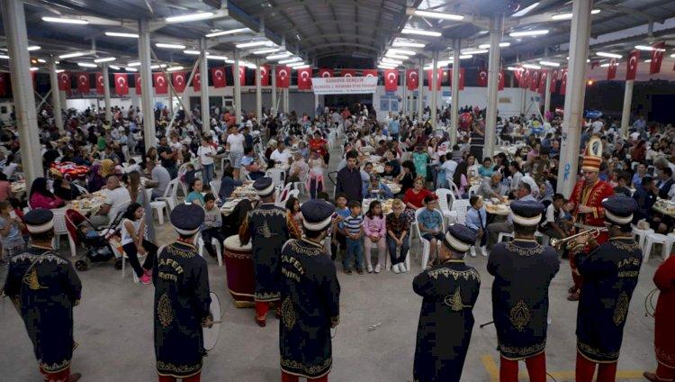 Karaova'da Binler İftarda Buluştu