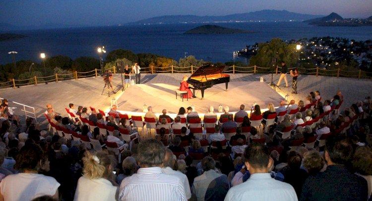 Festival, Aktur Zefirya'da Başladı...